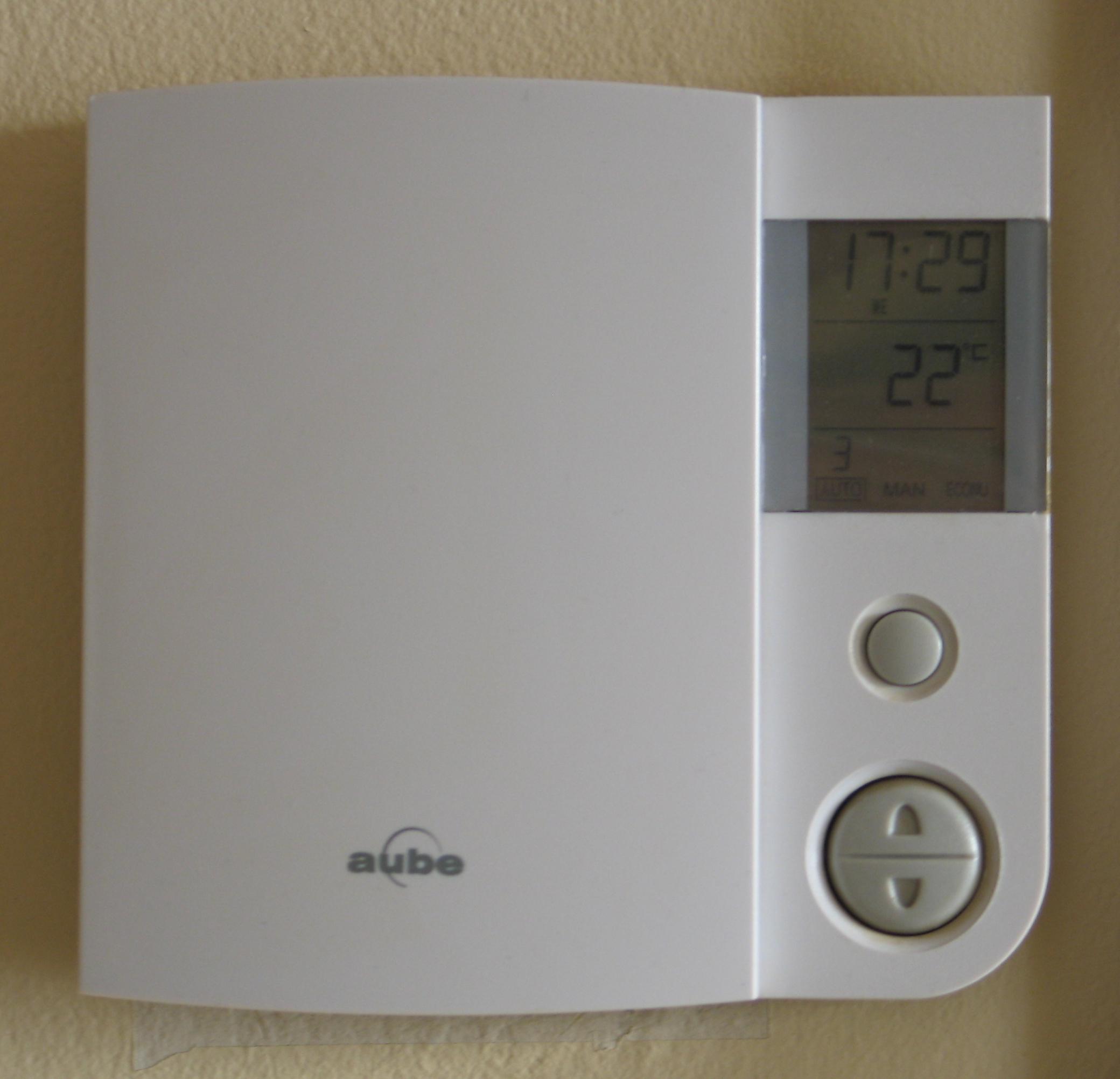 Chauffage l 39 eau chaude lectrique ou au gaz prix de l for Cuisiner au gaz ou a l electricite